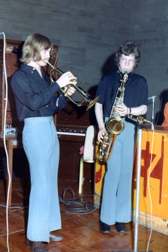 The Sneeze horns - Jim Hall (flugelhorn) and Roger Smith (sax)