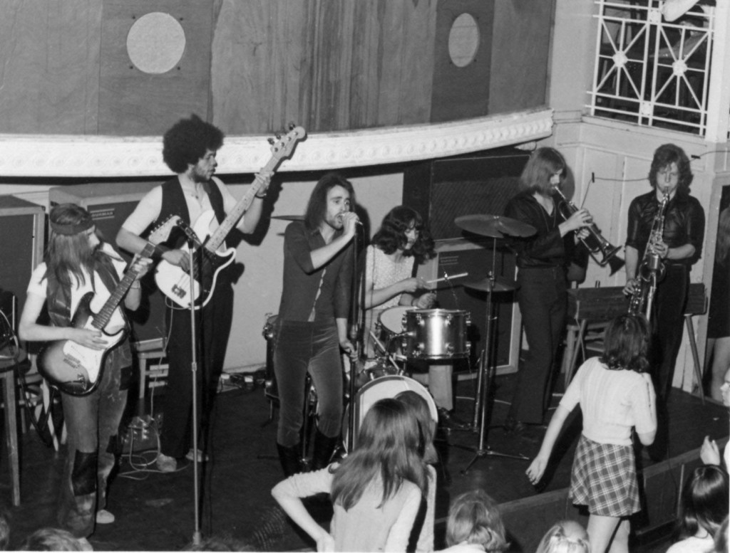 Sneeze on stage at the Rex in 1970