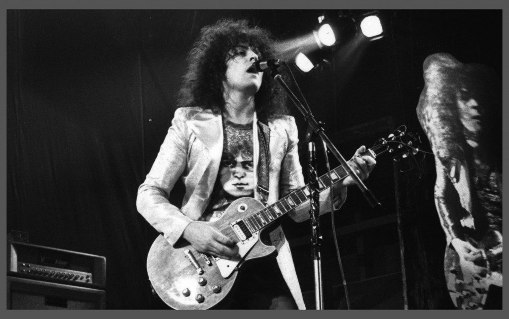 Tyrannosaurus Rex appear at the Bay Hotel, Sunderland on 27th June